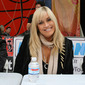Catherine Hickland, Stevie Mason