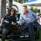 Hasselhoff helps celebrate Dad's home